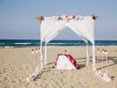 Dekorace obřadního místa, svatba na pláži, Kréta